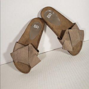 Woman's BP cork sandel